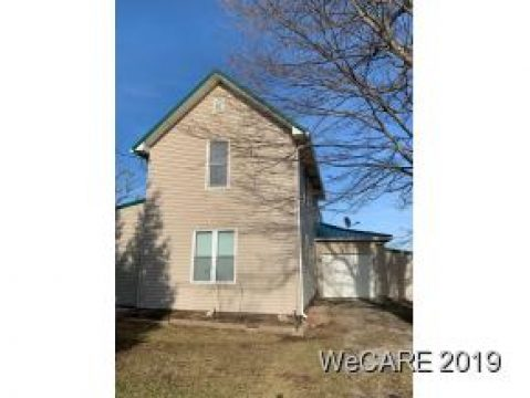 402 Decliff Rd.  N. Bloomington, OH 43341